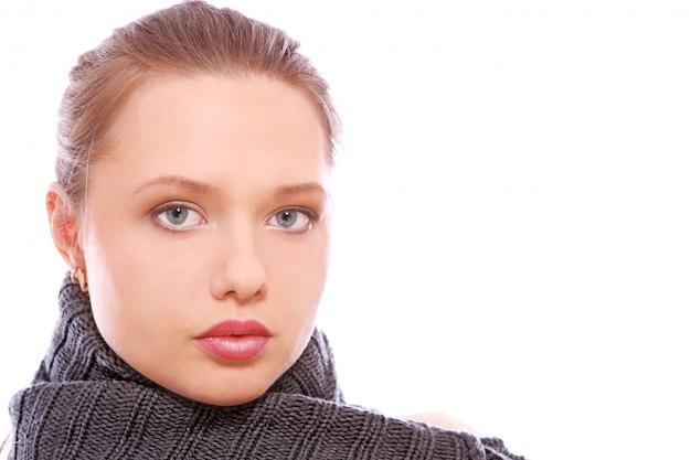 Portrait der jungen und schönen frau