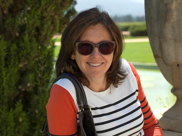 Portrait einer glücklichen frau, casablanca valley, chile