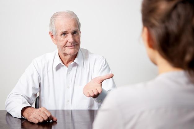 Positive interview person geschäftsfrau lebensstil