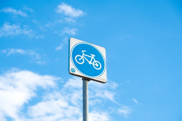 Post-zeichen fahrrad.