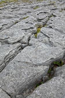 Poulnabrone stein hdr