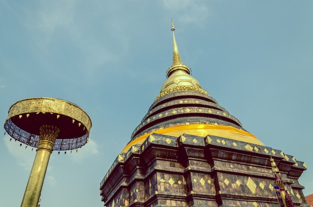 Pra that lampang luang, der alte buddhistische tempel in lampang-provinz, thailand