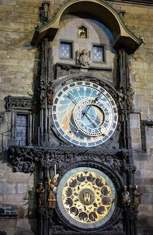 Prager astronomische uhr oder prager orloj (installiert 1410)