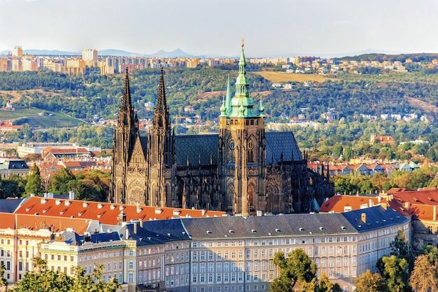Prager burg, berühmter anblick der tschechischen republik.