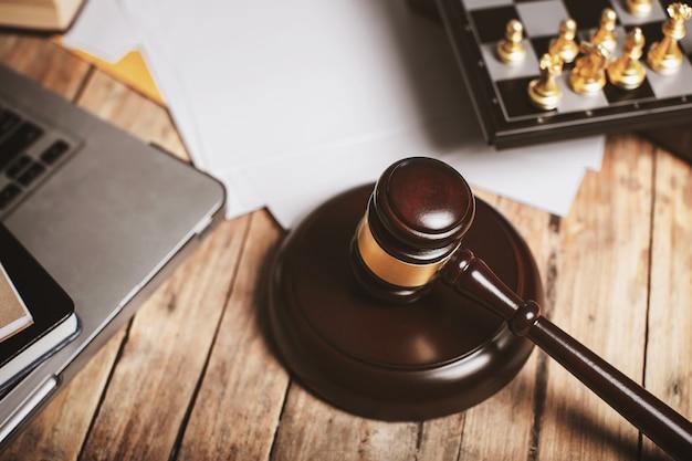 Privatbüro von rechtsanwalt, richtern und anderem