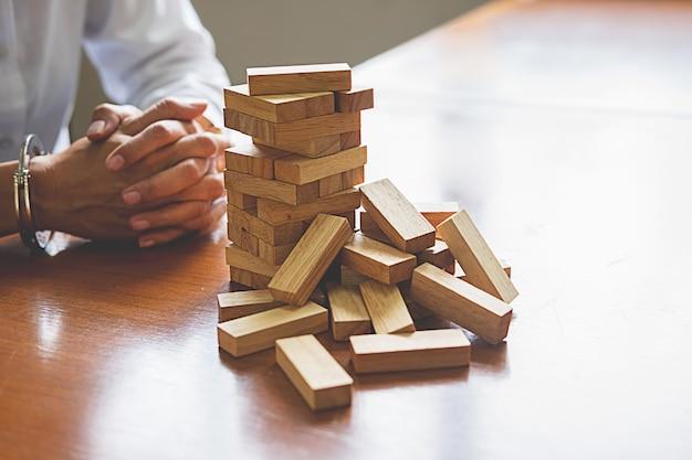 Problemlösung business kann den effekt von domino nicht kontinuierlich stürzen
