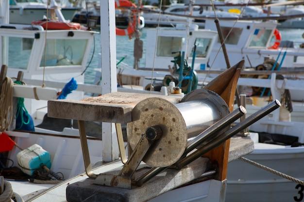 Professionelle fischerboote der balearen