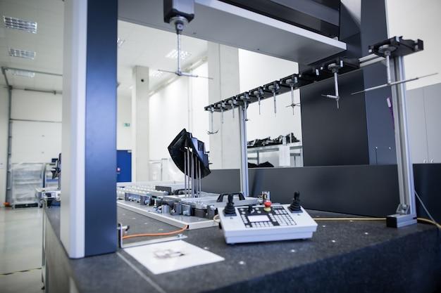 Professionelle, technische 3d-messung für kunststoffformteile