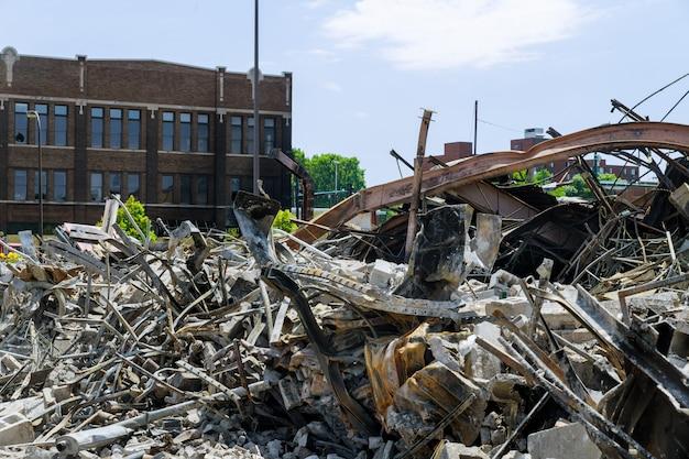 Protest und unruhen hausbrand beschädigt wurden minneapolis zerstört