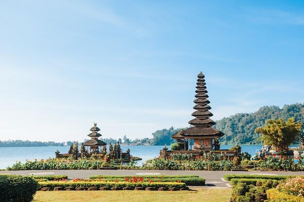 Pura bratan tempel in bali, indonesien