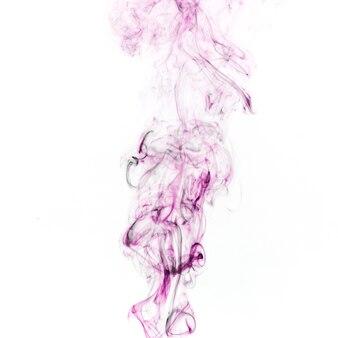 Purpurroter rauch auf weißem hintergrund