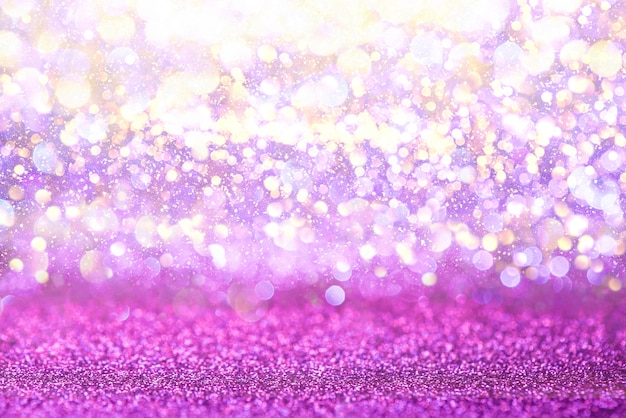 Purpurrotes funkeln beleuchtet beschaffenheit bokeh zusammenfassungshintergrund. defokussiert