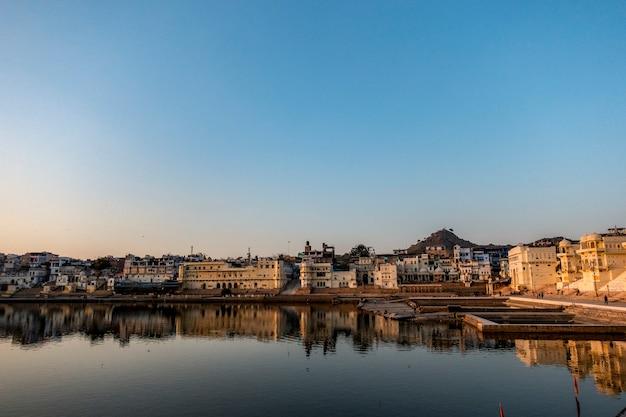 Pushkar lake ein heiliger see, rajasthan, indien