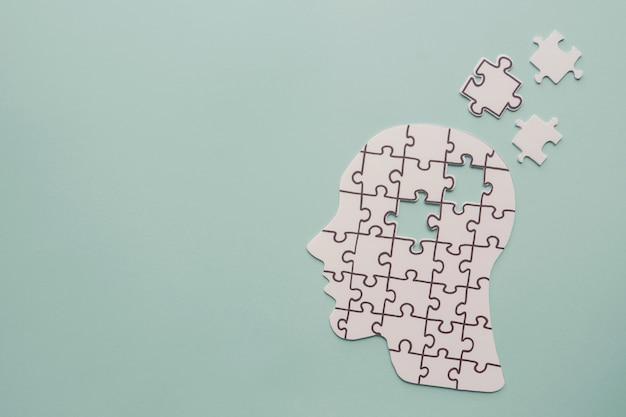Puzzle mit menschlichem kopf