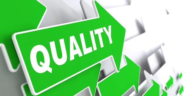 Qualitätskonzept. grüne pfeile auf grauem hintergrund geben die richtung an.