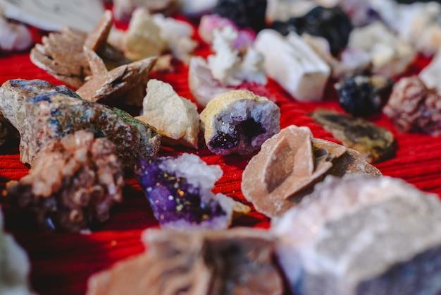 Quarz und andere edelsteine