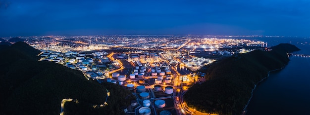 Raffinerie petrochemische industrie öl gas zone geschäft importiert und international exportiert