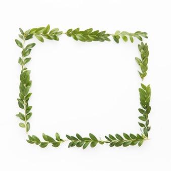 Rahmen aus Blättern
