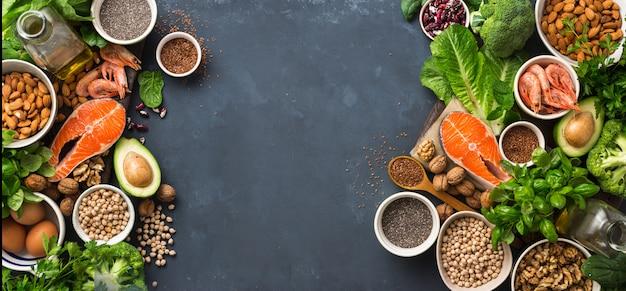 Rahmen der nahrungsquellen für omega-3-fettsäuren und gesunde fette.