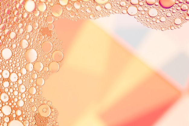 Rahmen mit abstrakten lachsblasen