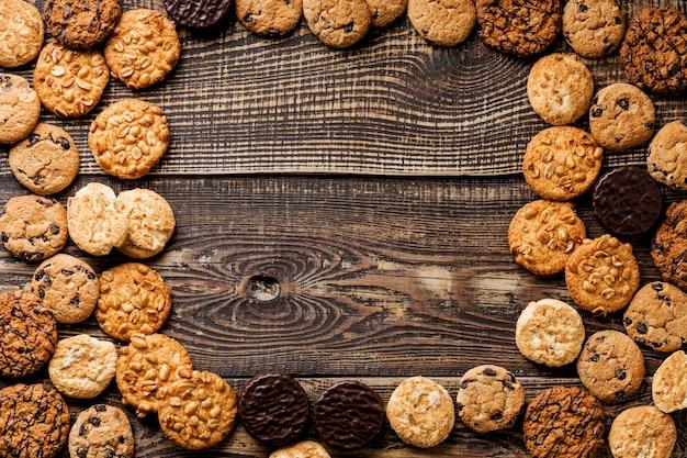 Rahmen von delicious cookies flach liegen