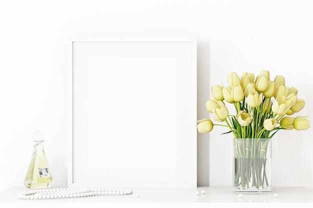 Rahmenmodell für frauen mit gelben tulpen