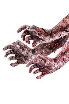 Realistische zombiehand mit wunden und blut, isolierte weiße oberfläche, exemplar.