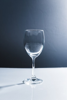 Rebglas auf weißem backgeound lokalisiert
