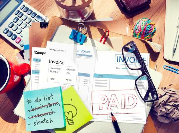 Rechnung rechnung bezahlte zahlung finanzkonto konzept