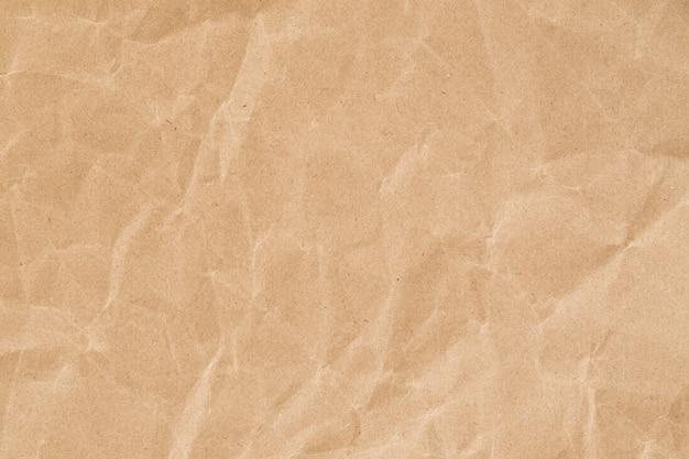 Recyceln sie zerknitterte braune papierstruktur