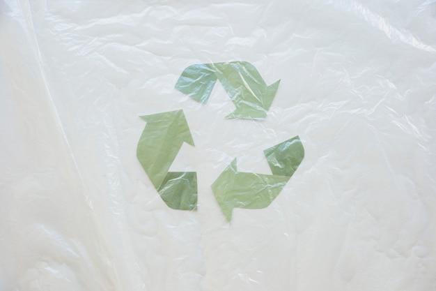 Recycling-symbol mit wachstuch