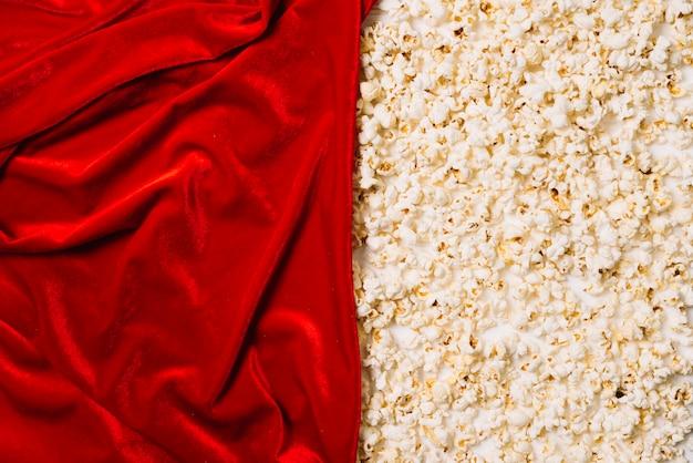 Red textil und popcorn