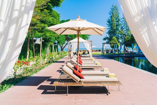 Regenschirm lounge white spa entspannen