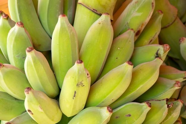 Reife kultivierte banane.