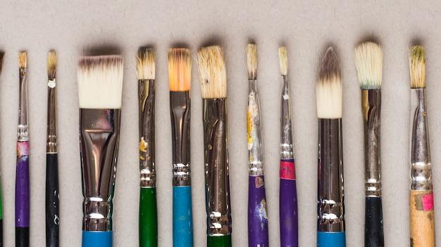 Reihe der berufmalerpinsel