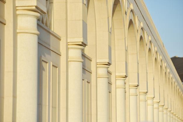 Reihe der säulen