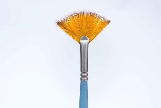 Reinigen sie die lüfterbürste für creative isolated