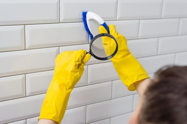 Reinigungsbürste unter der lupe