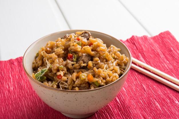 Reis mit rindfleisch
