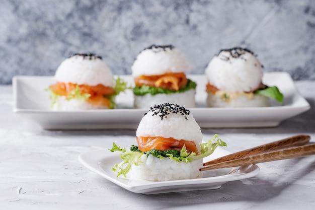 Reis sushi burger