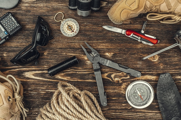 Reise, die ausrüstungswerkzeuge, ansicht von oben wandert