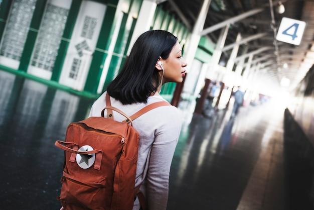 Reise-pendler-bestimmungsort-touristisches konzept