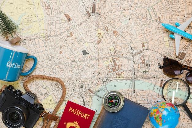Reiseelemente auf der karte