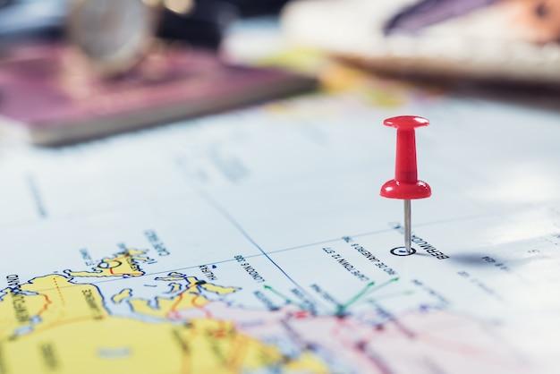 Reisekonzept, draufsicht von zubehör des reisenden