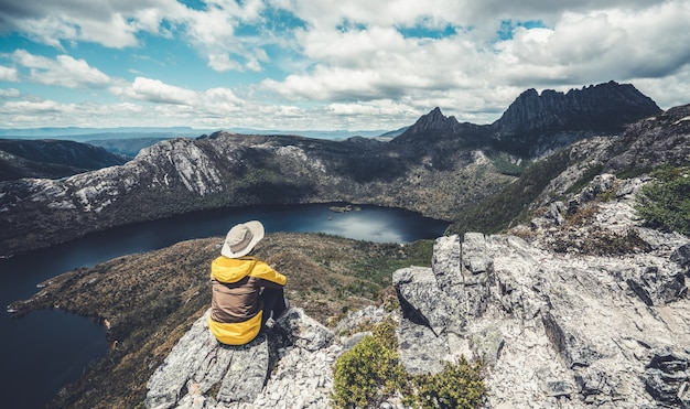 Reisen sie in cradle mountain np, tasmanien, australien