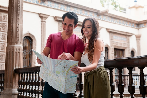 Reisen sie und entdecken sie orte mit ihren lieben