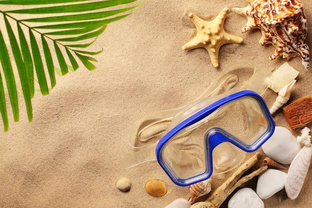 Reisen und tourismus am strand