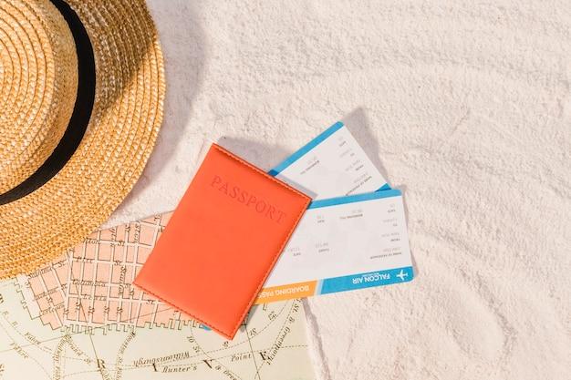 Reisepass und reiseführer für die nächste reise