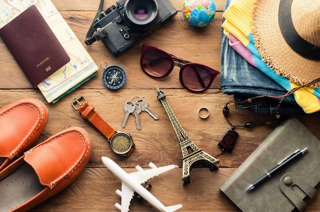 Reisezubehör kostüme. die kosten für reisekarten für die reise vorbereitet