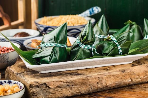 Reisknödel beim drachenbootfest